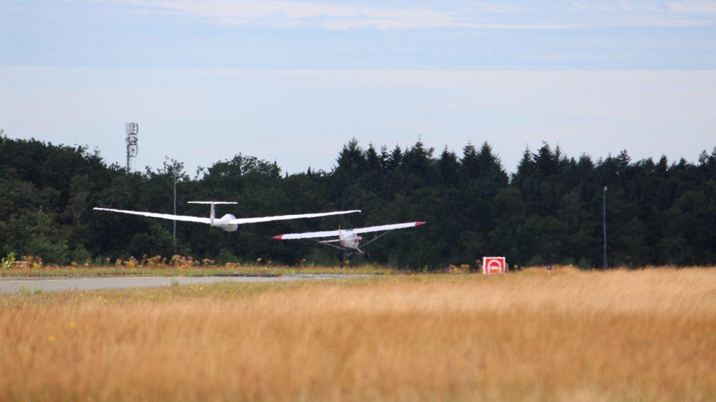 F-Schlepp Flugzeugschlepp Flugplatz Bielefeld-Windelsbleiche